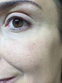 Zoom de la Base de Marc Jacobs...no sé si ven la diferencia...pero mi piel estaba mucho mejor con esta